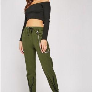 Hunter green knit crop top
